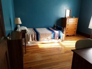 Eric's room 4s